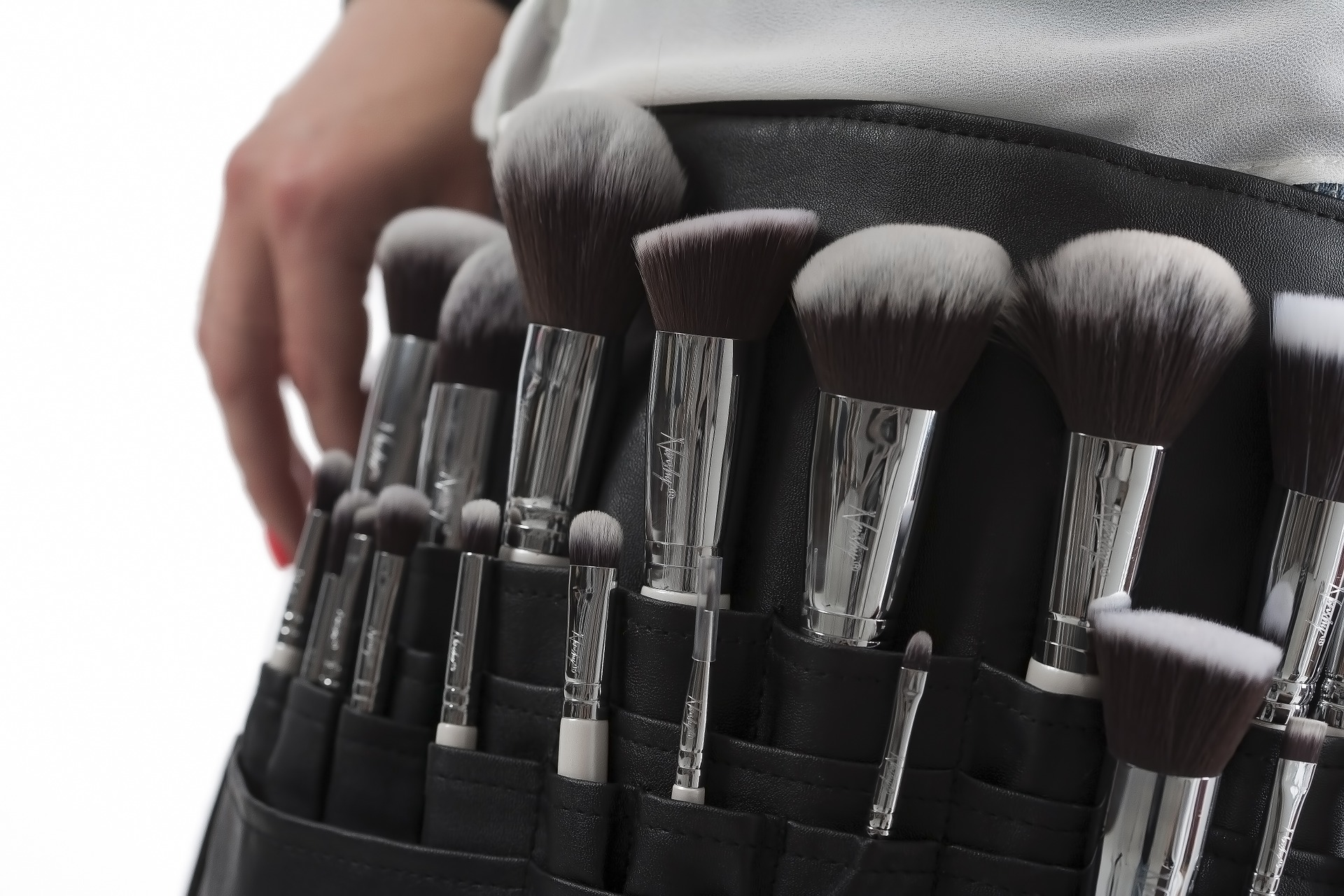 makeup-brushes-824710_1920